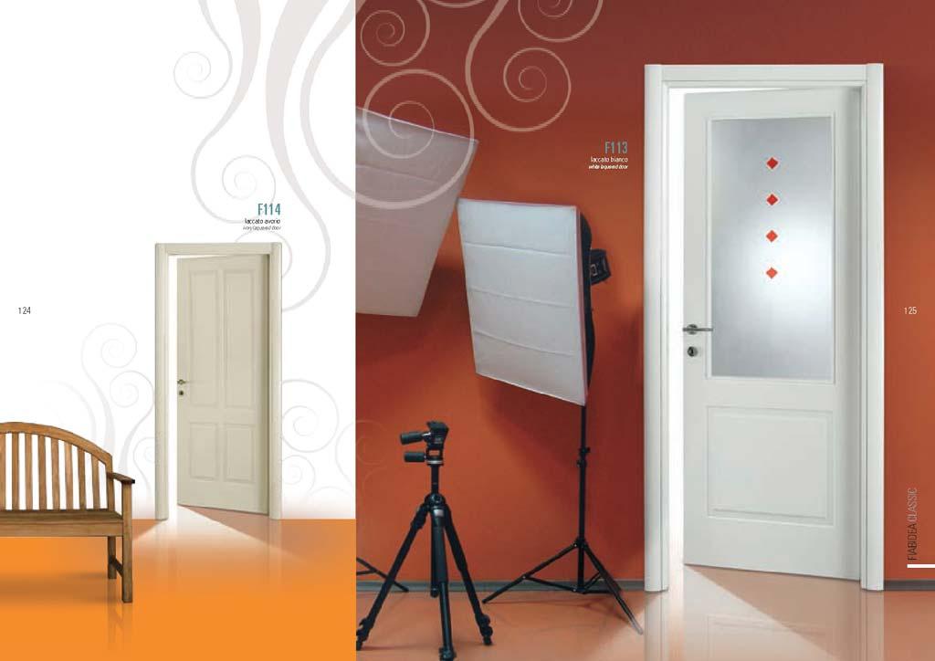 Porta laccato bianco vetro con decorazioni rosse - Decorazioni porte interne ...