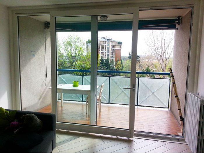Porte finestre scorrevoli pvc bianca bovisasca milano for Porte e finestre pvc