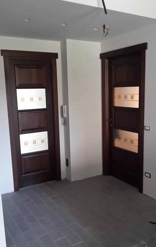 Porte interne in legno massello a Milano